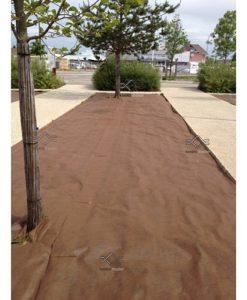 Erős barna geotextília gyomosodás ellen