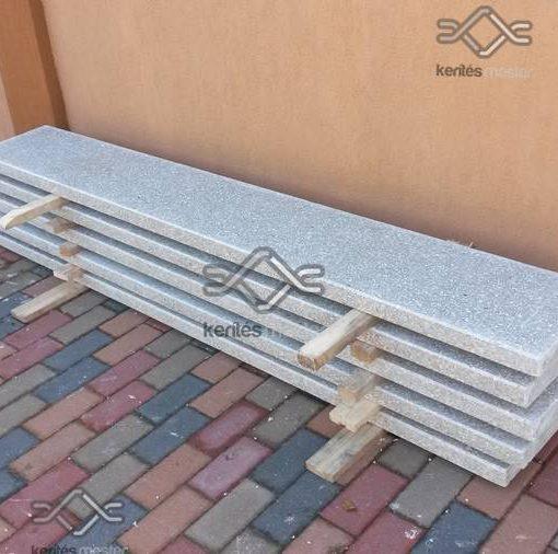 Vasalt műkő kerítés fedlap egyedi méretben, szürke színben 5 cm vastagságban